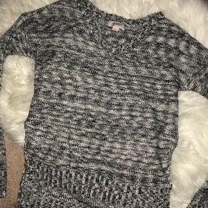 Black&white sweater